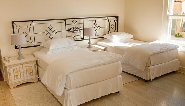 Foto: Auberge Burgundy - Bedroom, John Hickey-Fry, Flickr,John Hickey-Fry CC BY-SA 2.0